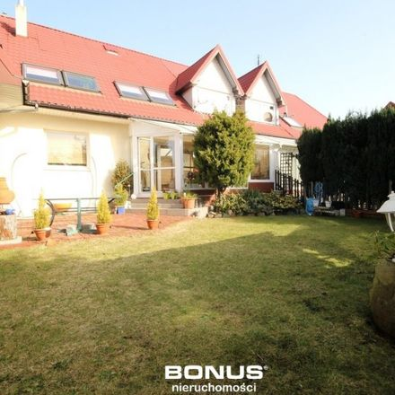 Rent this 5 bed house on Uczniowska 7c in 70-893 Szczecin, Poland