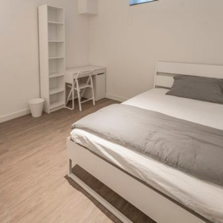 Rent this 1 bed apartment on Valkenburgerstraat 90 in 1011 LZ Amsterdam, Netherlands