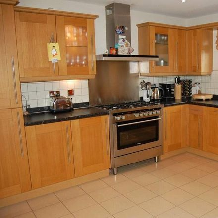 Rent this 5 bed house on Green Lane in Bradford BD17 5AP, United Kingdom