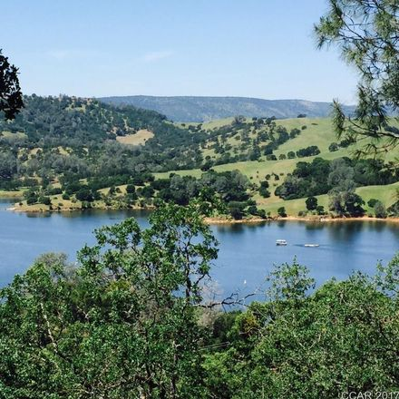 Rent this 0 bed apartment on Lakefront Drive in Agoura Hills, CA 91377