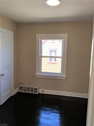 Rent this 4 bed house on E 108th St in Cleveland, OH