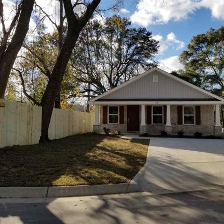 Rent this 3 bed house on Cardinal Ave in Pensacola, FL