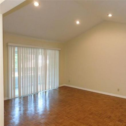 Rent this 1 bed condo on Streamwood in Irvine, CA 92620