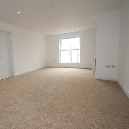 Rent this 3 bed apartment on Dragon Parade in Harrogate HG1 5DG, United Kingdom