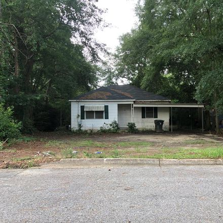 Rent this 2 bed house on Naomi Dr in Dothan, AL