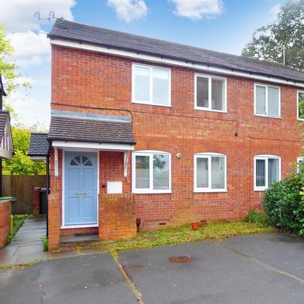 Rent this 2 bed apartment on Rectory Road in Redditch B97 4LJ, United Kingdom