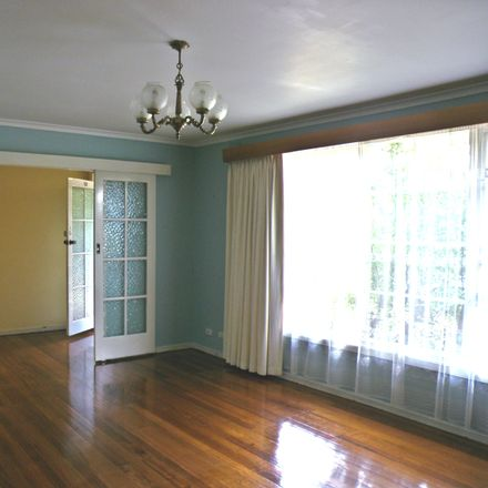 Rent this 3 bed apartment on 12/114 Shannon Street