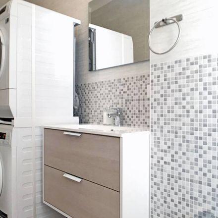 Rent this 5 bed room on Via Monte Podgora in Cinisello Balsamo MI, Italia