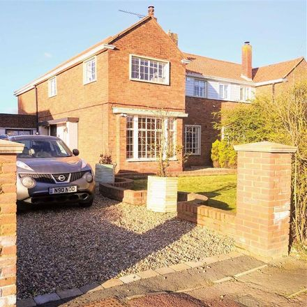 Rent this 4 bed house on Thames Avenue in High Halstow ME3 8TE, United Kingdom