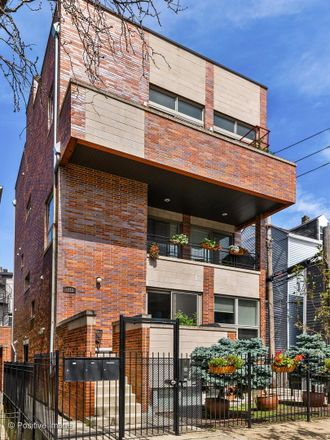Rent this 2 bed condo on 1612 West Julian Street in Chicago, IL 60622
