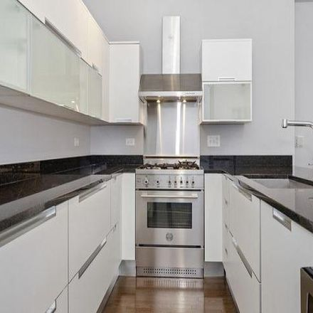 Rent this 1 bed condo on Six North Michigan in 6 North Michigan Avenue, Chicago