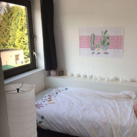 Rent this 4 bed room on Bosstraat 152 in 3500 Hasselt, Belgium