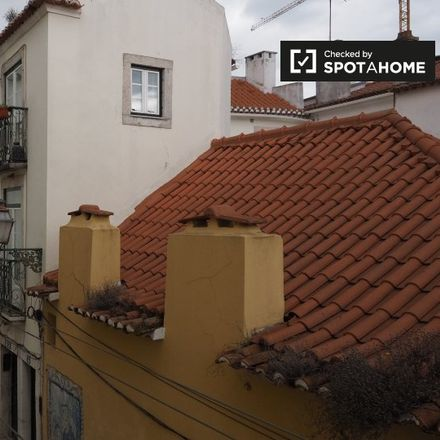 Rent this 2 bed apartment on Pastelaria Alfama Doce in Rua da Regueira 39-39A, 1170 Lisbon