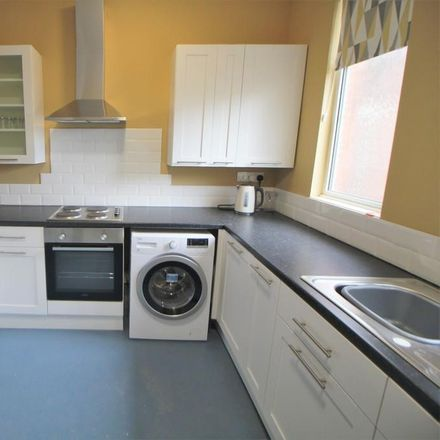 Rent this 1 bed room on Resource Centre For The Blind in 33 Earlsdon Avenue South, Coventry CV5 6TH