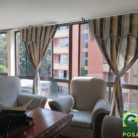 Rent this 3 bed apartment on Calle 20 in Comuna 16 - Belén, Medellín