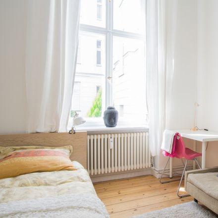 Rent this 1 bed apartment on Nassauische Straße 27 in 10717 Berlin, Germany