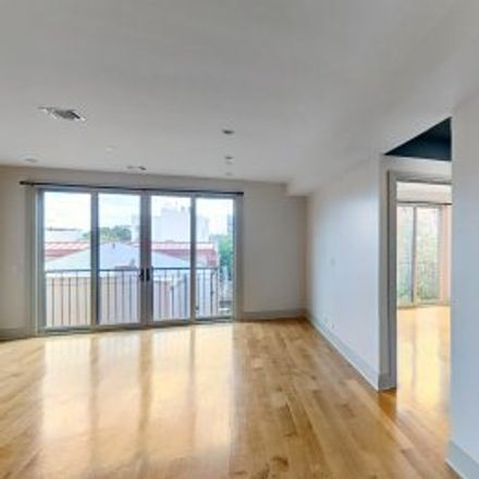 Rent this 3 bed apartment on #3 in 199 Luquer Street, Carroll Gardens
