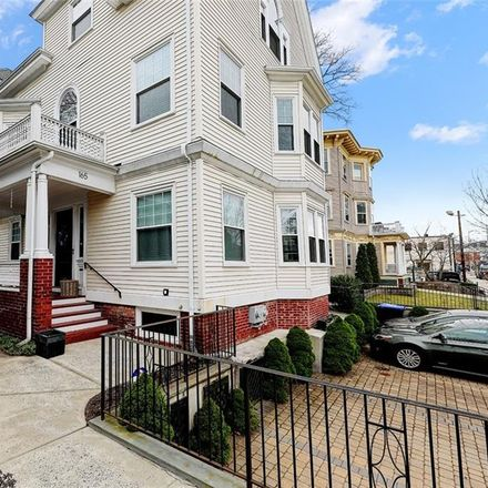 Rent this 3 bed house on Medway St in Providence, RI