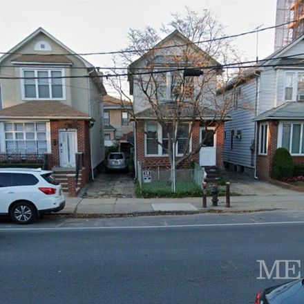 Rent this 3 bed townhouse on 1007 Avenue P in New York, NY 11230