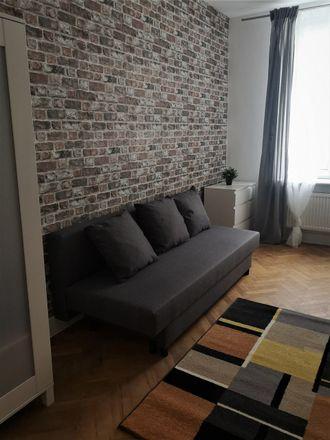 Rent this 5 bed room on Legionów 40 in Łódź, Poland