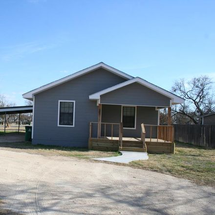 Rent this 3 bed house on 1632 Canal Road in San Angelo, TX 76904