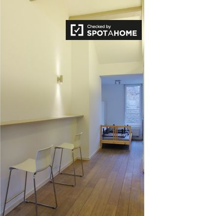 Rent this 2 bed apartment on Rue du Marché au Charbon - Kolenmarkt 68 in 1000 Brussels, Belgium