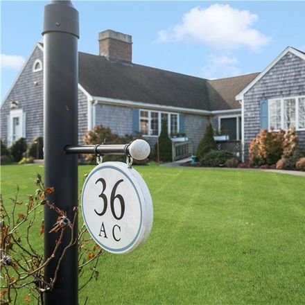 Rent this 2 bed condo on 36 Glen Meade Drive in Portsmouth, RI 02871