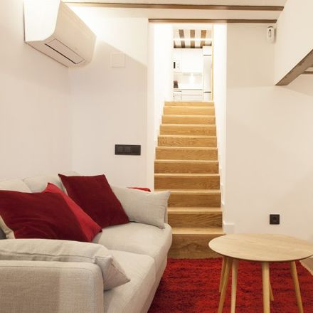Rent this 1 bed apartment on Calle de los Tres Peces in 6, 28012 Madrid
