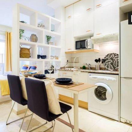 Rent this 0 bed apartment on Parquímetro in Calle de San Vicente Ferrer, 28001 Madrid
