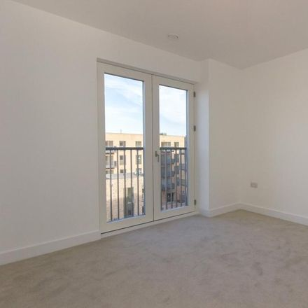 Rent this 2 bed apartment on Crossways Gardens in Anstey Way, Cambridge CB2 9JT