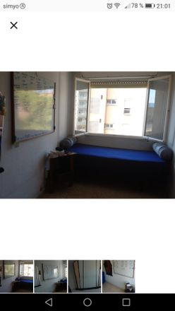 Rent this 3 bed room on Carrer dels Aprestadors in 3, 08204 Sabadell
