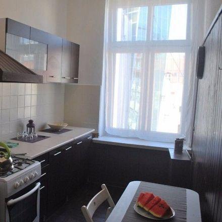 Rent this 3 bed room on Kiełbaśnicza 30 in 50-108 Wrocław, Poland