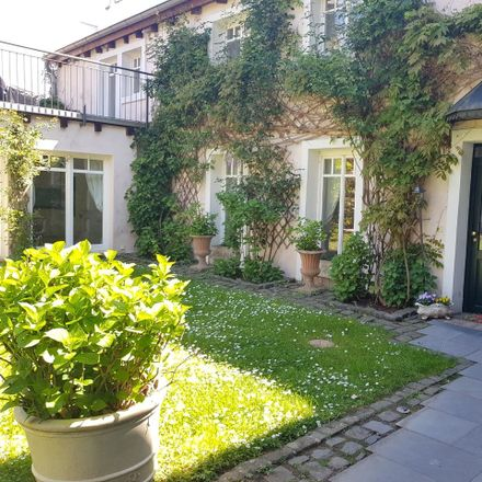 Rent this 2 bed apartment on Frankfurt in Eckenheim, HESSE