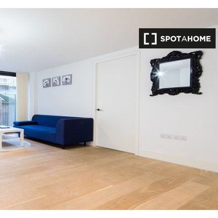 Rent this 1 bed apartment on Leather Lane Market in Hatton Wall, London EC1N 7TR