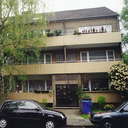 Rent this 3 bed apartment on AW Krefeld-Oppum in 47809 Krefeld, Germany