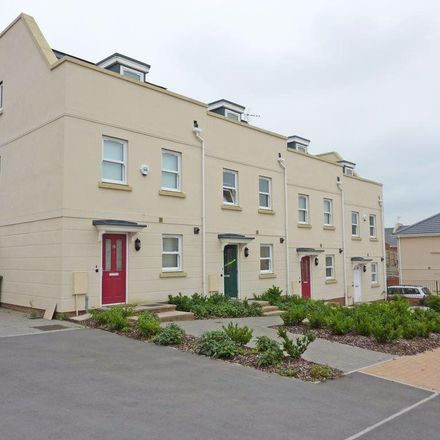 Rent this 3 bed house on Clearwell Gardens in Cheltenham GL52 5GH, United Kingdom