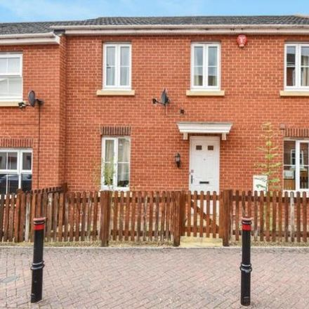 Rent this 2 bed house on helix in Urquhart Road, Thatcham RG19 4RE