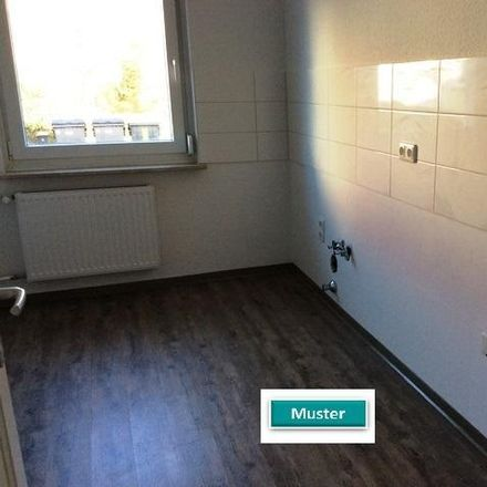 Rent this 3 bed apartment on Breslauer Straße in 27755 Delmenhorst, Germany