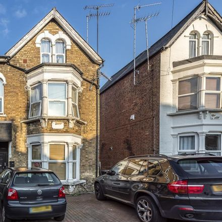 Rent this 1 bed house on Regal Drive in London N11 3EG, United Kingdom