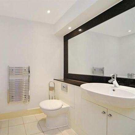 Rent this 3 bed apartment on The Boathouse in Putney Retail Area, 32 Brewhouse Lane