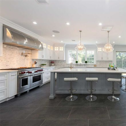 Rent this 6 bed house on 25 Hilton Avenue in Hempstead, NY 11530