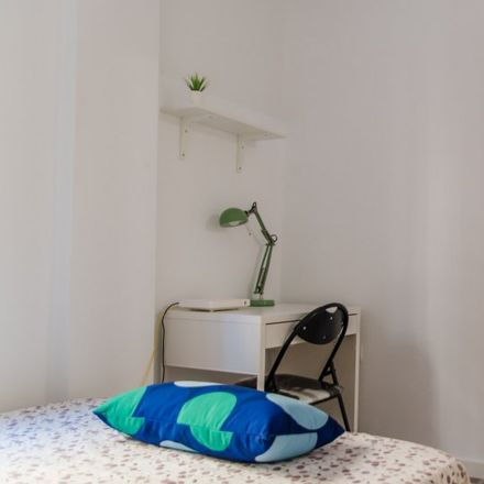 Rent this 4 bed apartment on Carrer de Fray Francisco Cabezas in 46019 Valencia, Spain