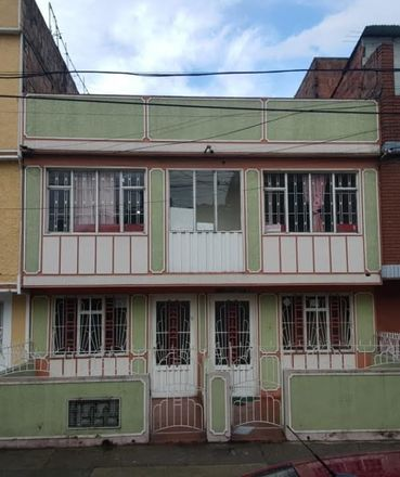 Rent this 10 bed apartment on Localidad Kennedy in 110841 Bogota, Colombia