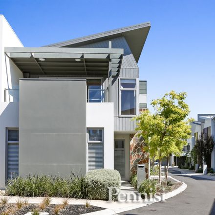Rent this 3 bed townhouse on 2 Sunset Drive