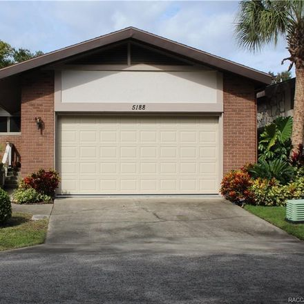 Rent this 2 bed house on 5188 South Riverview Circle in Homosassa, FL 34448