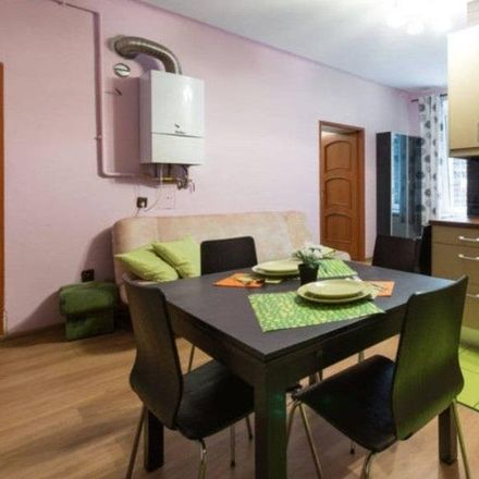 Rent this 3 bed apartment on 33-332 Krakow