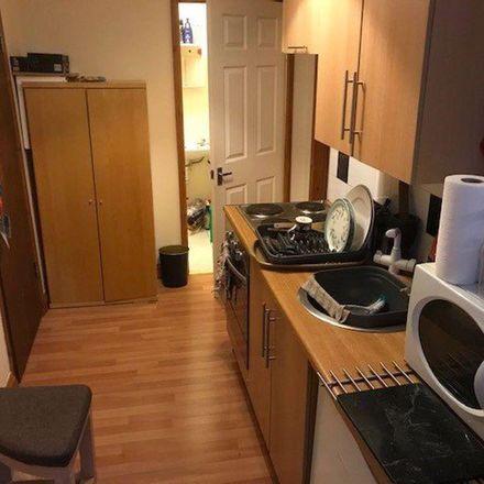 Rent this 1 bed apartment on Lorne Court in School Road, Birmingham B13 9ET