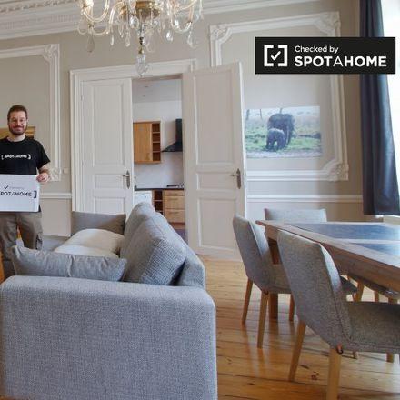 Rent this 2 bed apartment on Rue Haute - Hoogstraat 166 in 1000 Ville de Bruxelles - Stad Brussel, Belgium