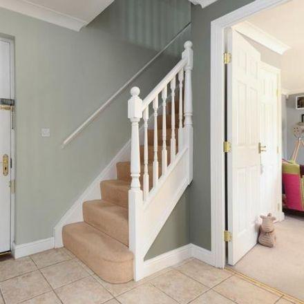 Rent this 3 bed house on Ashford TN24 9RF