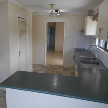 Rent this 3 bed house on 4 Hecht Street